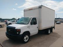 2012 FORD E350 12 FT DRY CARGO VAN W/ LIFT GATE