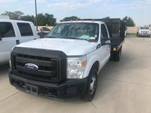 2011 FORD F350 STAKE BED TRUCK