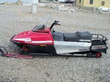 1990 POLARIS SNOWMOBILE