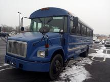 2003 FREIGHTLNR- 28 PASS BUS