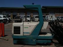 1992 VEHICLE STREET SWEEPER