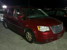 2010 CHRYSLER TOWN & COU