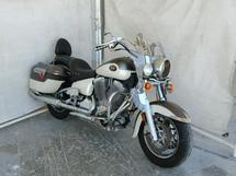 2004 VICTORY MOTORCYCLES DELUXE TOU