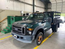 2010 FORD F550 - STAKEBODY