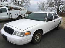 2003 FORD MOTOR CO CROWN VICTORIA