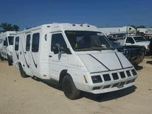 1990 WINNEBAGO LE SHARO/P