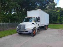 2012 INTERNATIONAL 4300 20 FT. BOX TRUCK WITH LIFT