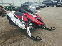 2015 YAMAHA SNOWMOBILE